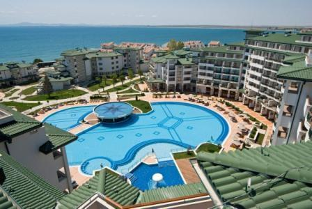 5 Emerald-beach-resort-spa.jpg